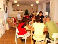 Sala Como en Casa, en el H. 12 de Octubre, para que los padres descansen mientras sus hijos están en la UCI pediátrica
