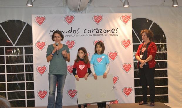 Miriam, también siempre a nuestro lado, fue premiada, por su voluntariado como médico en los campamentos y en los encuentros de los jóvenes.