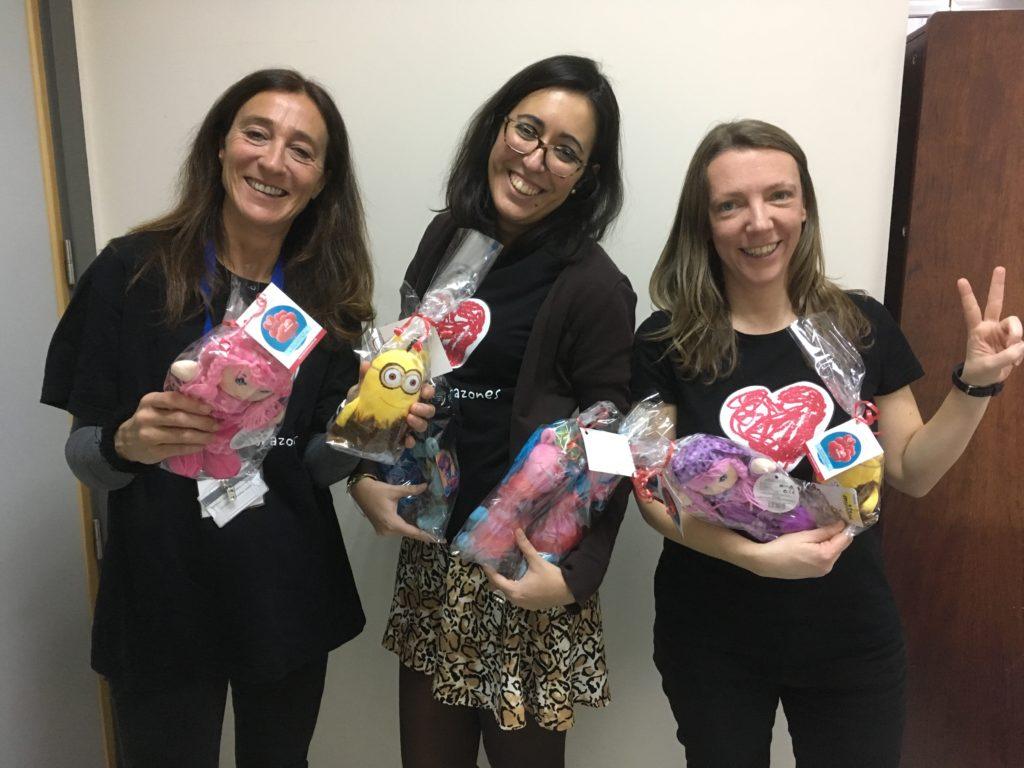 Reparto regalos Día Cardiopatías Congénitas