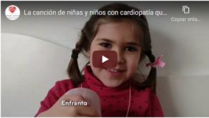 """Fotograma del vídeo de la canción """"Corazones de colores"""""""